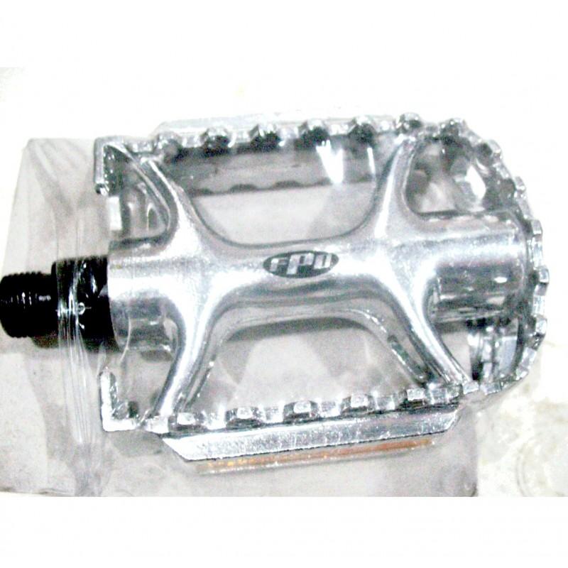 Педаль алюминиевая, модель 979 ,  серебро ,FPD, размер 9/16 ,Тайвань