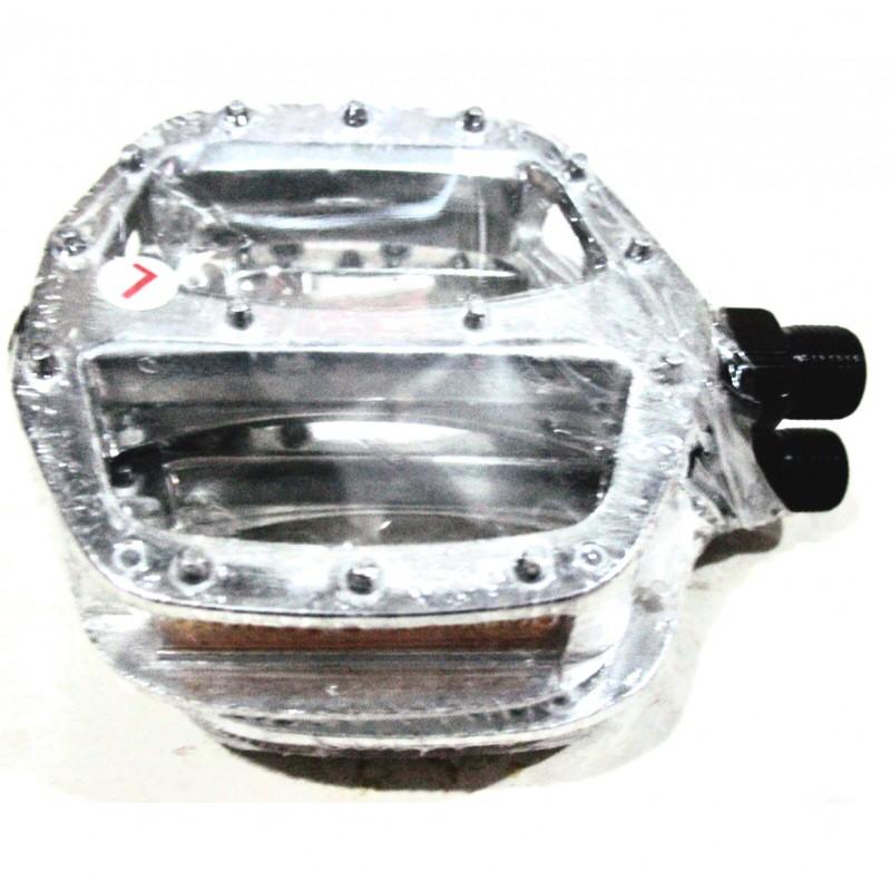 Педаль алюминиевая,FPD , модель 905,размер 9/16 , серебро, Тайвань