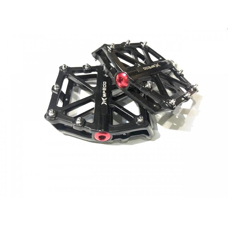 Педаль алюминиевая ,модель 10 ,размер 10/16 ,с пром подшипником ,черный