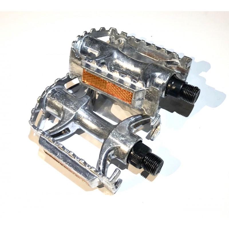 Педаль алюминиевая, модель 35  , размер 9/16  ,серебро